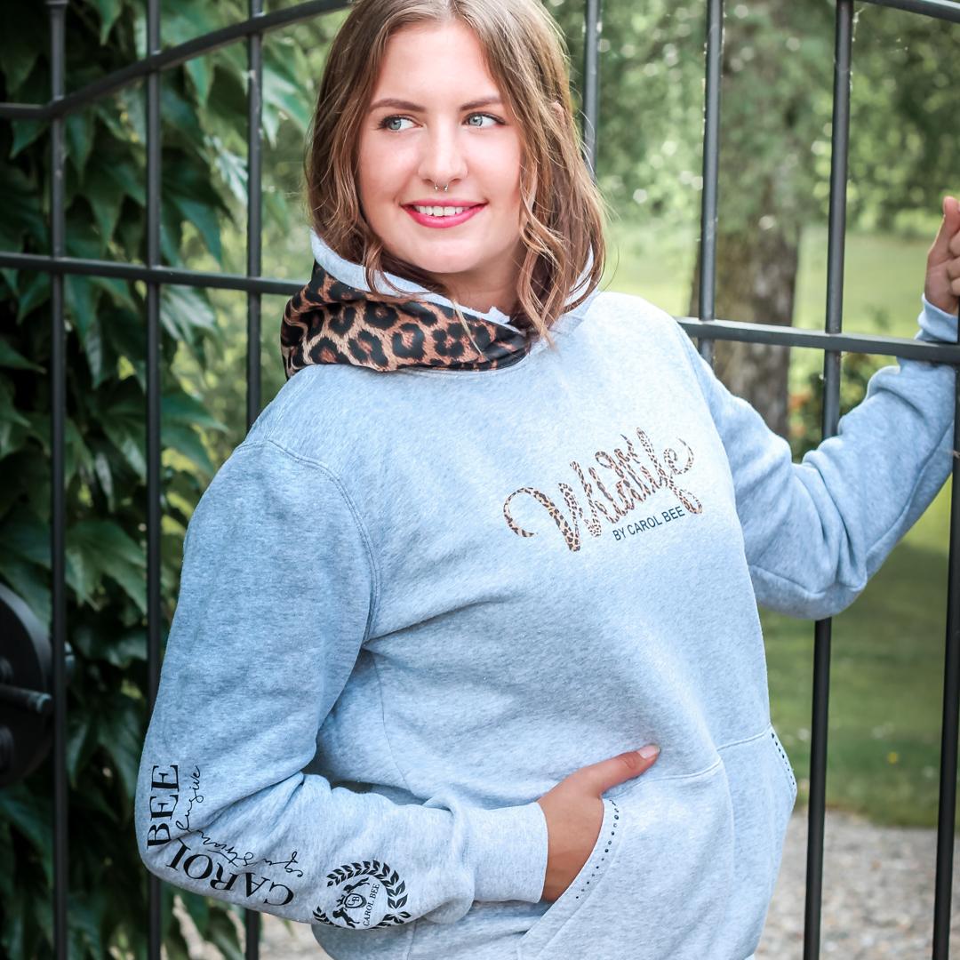 carolbee-hoodie-leolia